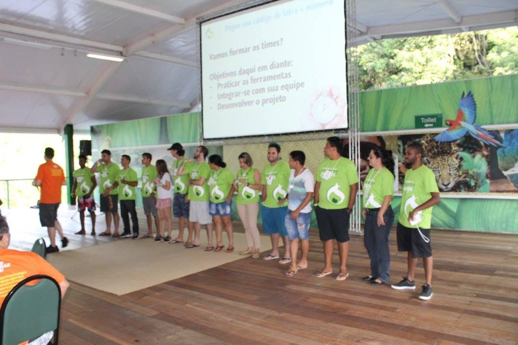 Líderes dos 14 projetos que serão desenvolvidos pelos participantes